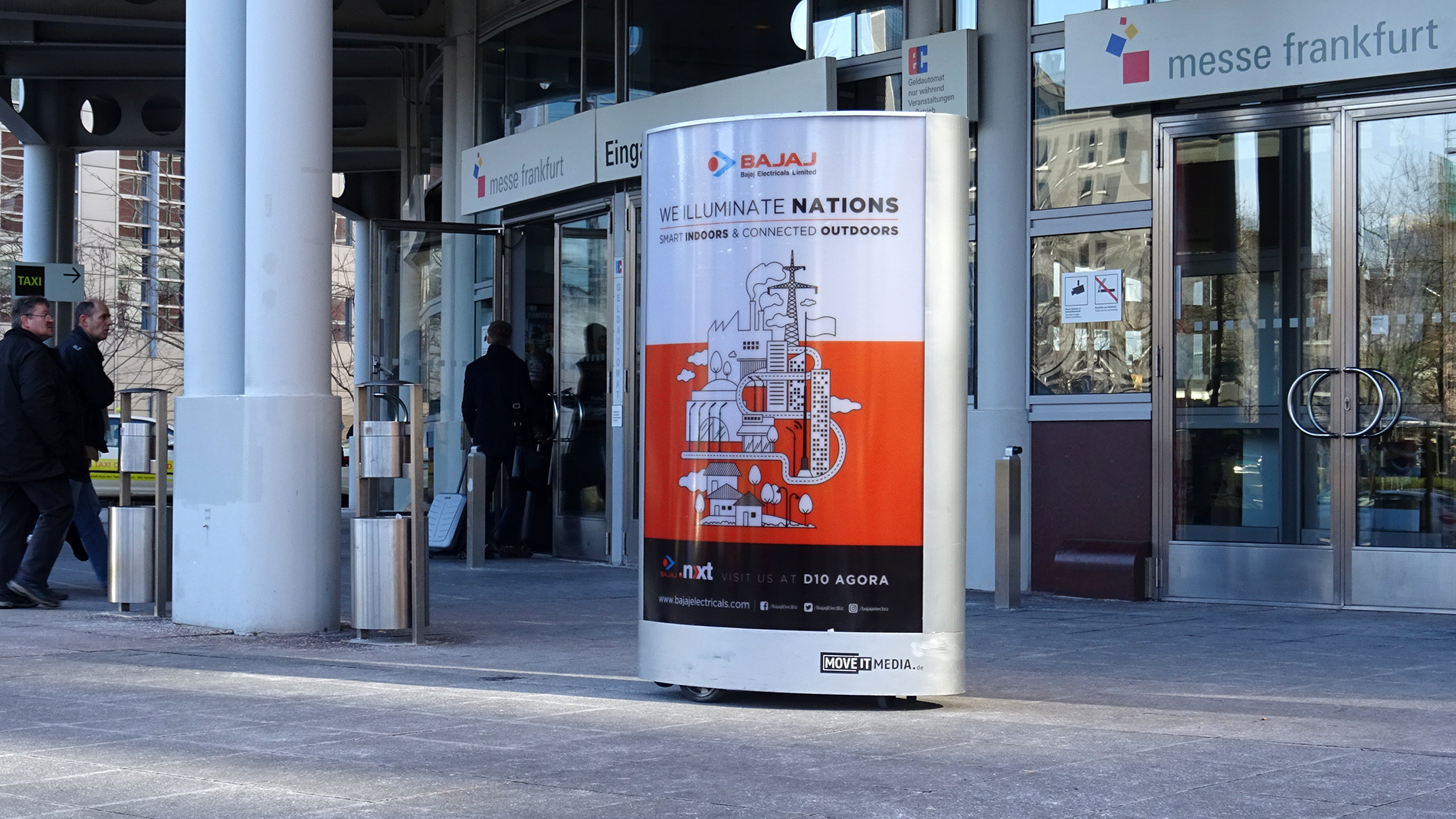 messefrankfurt-advertising-poster-mover